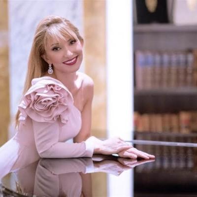 钢琴家:Donka Angatscheva