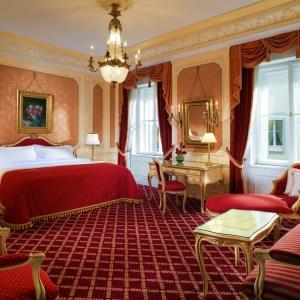 bedroom-elegant-luxury-resort-7-960x960